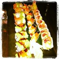 Снимок сделан в Ki Sushi пользователем Erica K. 6/16/2012