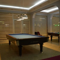 Photo taken at Royal Cafe Bilardo by Murat D. on 12/6/2014