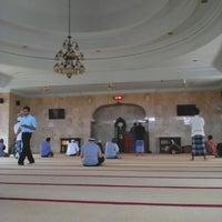 Photo taken at Masjid Al Qomar by Bayu Pradana S. on 3/4/2015