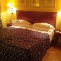 Photo taken at Lorenzo IL Magnifico Hotel Florence by Svetlana K. on 1/10/2014