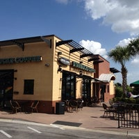 Photo taken at Starbucks by Jrgts on 8/12/2013