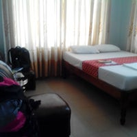 Photo taken at Phong Nha Hotel by thepinaysolobackpacker.com on 11/17/2014