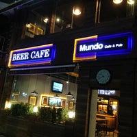 11/7/2013 tarihinde Mundo Cafe&Pubziyaretçi tarafından Mundo Cafe&Pub'de çekilen fotoğraf