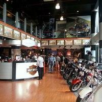 Photo taken at Mabua Harley-Davidson by Arie on 5/6/2014