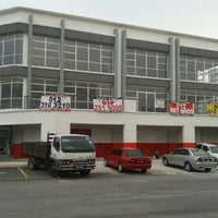 Photo taken at AR DI AUTO CARE SDN BHD by Norazlan J. on 10/16/2014