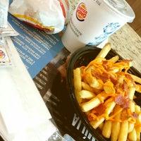 Foto tirada no(a) Burger King por Nathali N. em 5/15/2014