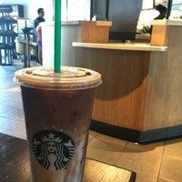 Photo taken at Starbucks by Yuki U. on 7/24/2016