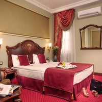 Снимок сделан в Staro Hotel пользователем Staro Hotel 11/8/2013