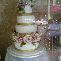 Photo taken at ICCA Wilton Cakes by Syafinaz I. on 2/14/2013