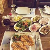 4/2/2015にFuat D.がEkonomik Et - Balık Restaurantで撮った写真