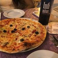 Photo taken at Restaurante Tentazione by Vanessa B. on 9/20/2014