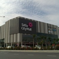 Photo taken at Setia City Mall by Jaydi R. on 10/8/2012