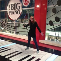 Photo taken at FAO Schwarz by Emilce C. on 1/30/2013