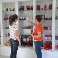 Foto tirada no(a) Doce e Pimenta Sex Shop por Doce e Pimenta Sex Shop em 11/9/2013