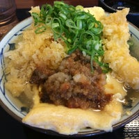 Photo taken at 丸亀製麺 宮崎住吉店 by ぽるたそ か. on 5/2/2015