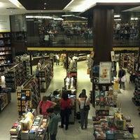 10/18/2012에 Camila F.님이 Saraiva MegaStore에서 찍은 사진