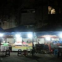 2/28/2015にZulkifli M.がLorong Burger Sitiawanで撮った写真