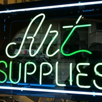Photo taken at Hand's Office & Art Supply by Crist J. on 1/24/2013