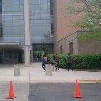 Foto tomada en Northside College Preparatory High School por Irwin ♔ R. el 5/14/2014