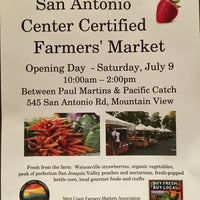 Photo taken at San Antonio Shopping Center by Kawagishi H. on 7/24/2016