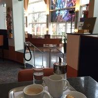Photo taken at Sheraton Offenbach Hotel by Kawagishi H. on 12/14/2014