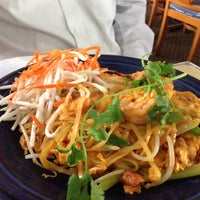 Photo taken at Amarin Thai Cuisine by Kawagishi H. on 10/19/2012