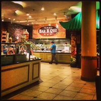 Photo taken at Texas Station Feast Buffet by Eliam M M. on 6/10/2013