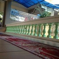 Photo taken at Masjid Jamek Haji Mat Saman by syedkhaizan s. on 7/19/2013