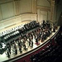 Foto diambil di Carnegie Hall oleh Aravind B. pada 11/18/2012