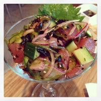 รูปภาพถ่ายที่ Pinto Thai Bistro & Sushi Bar โดย Michelle Y. เมื่อ 7/30/2013