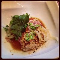 รูปภาพถ่ายที่ Pinto Thai Bistro & Sushi Bar โดย Michelle Y. เมื่อ 7/18/2013