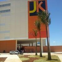 Foto tirada no(a) JK Shopping por Carlos E. em 11/19/2013