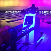Photo taken at Bowling Stones by Yağmur Bilgi Ç. on 3/6/2015