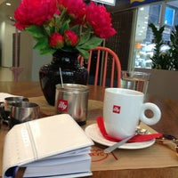 Photo taken at illy «Gusto Giusto» by Лиза on 6/6/2014
