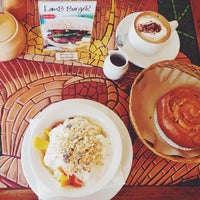 Photo taken at Cafe Moka by Tatyana C. on 9/12/2014