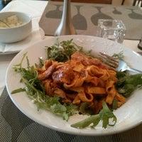 Photo taken at Pizzeria Messina by Abdullah M. on 11/11/2013