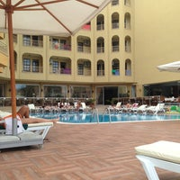 Foto tomada en Güneş House Hotel por Ksenia L. el 5/12/2014