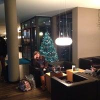 Photo taken at Motel One Dresden-Palaisplatz by Yvonne W. on 12/2/2014