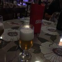 Foto tirada no(a) Caçula Bar e Restaurante por Pedro F. em 9/6/2016