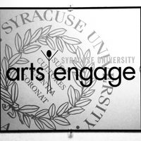 Foto tirada no(a) Syracuse University Arts Engage por Hannah B. em 11/15/2013