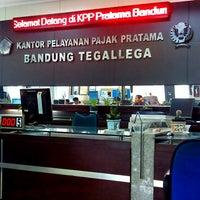 Photo taken at Kantor Pelayanan Pajak Pratama Bandung Tegallega by Eva S. on 11/15/2013