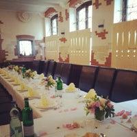 11/12/2013 tarihinde Restaurant Alazaniziyaretçi tarafından Restaurant Alazani'de çekilen fotoğraf