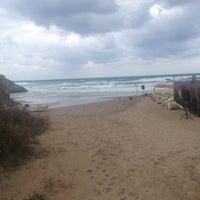 Photo taken at Ağlayankaya Zabıta Plaj Karakolu by Yunus E. on 8/22/2015