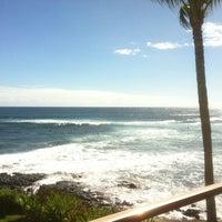 รูปภาพถ่ายที่ Kuhio Shores โดย Gary P. เมื่อ 9/16/2012
