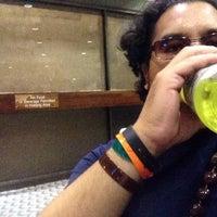 11/3/2013にJohn D.がGate 29で撮った写真