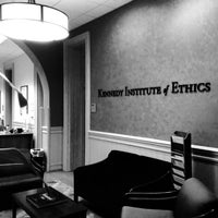 Foto tomada en Kennedy Institute of Ethics, Georgetown University  por Kennedy Institute of Ethics, Georgetown University el 11/19/2013