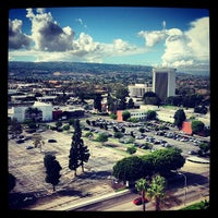 Photo taken at Torrance Marriott South Bay by Tom on 10/11/2012
