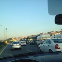 Photo taken at O1 - O2 Çamlıca Bağlantısı by Phaselis_ on 11/7/2012