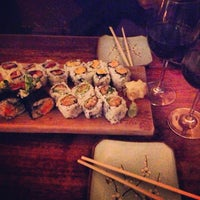 Photo prise au Blue Ribbon Sushi par Vaquita M. le4/12/2013