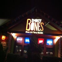 Photo taken at Smokey Bones Bar & Fire Grill by Missy W. on 2/27/2013